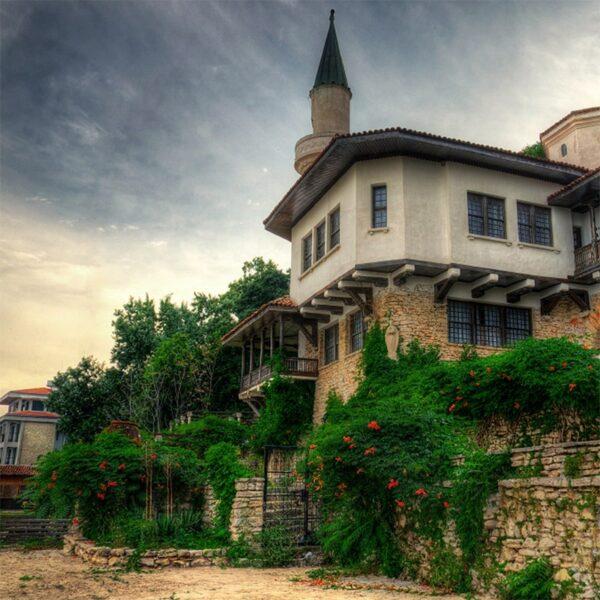 castelul reginei maria bulgaria royaltrip